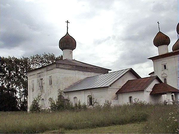 Каргополь. Никольская церковь
