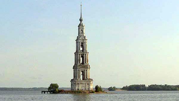 Калязин. «Плавающая» колокольня Никольского собора