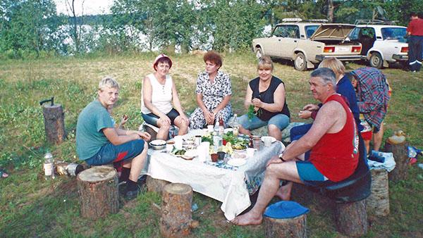 Пикник на своем же озере