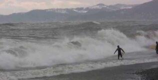 Зимний сёрфинг в Сочи